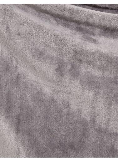 Marks & Spencer Yumuşak Polar Koltuk Şalı Renkli